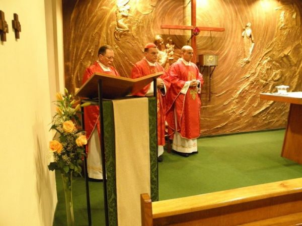 Visit of Archbishop Bozanic to Kući Matici