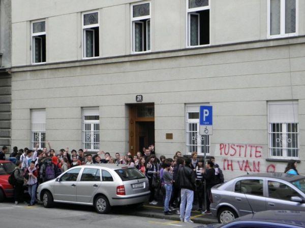Djeca iz Osijeka u posjeti Djeca iz Osijeka u posjeti
